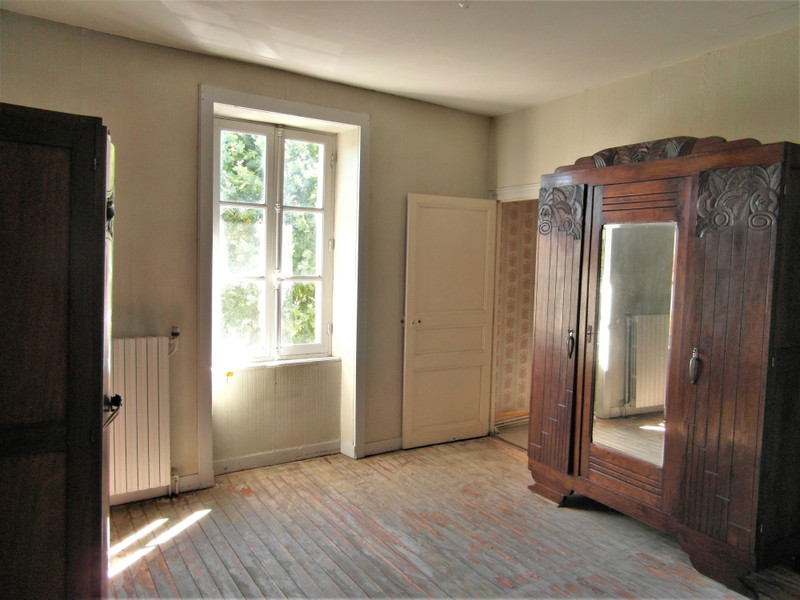 French property for sale in Nouic, Haute-Vienne - €61,600 - photo 6