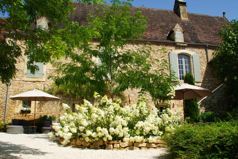 French property for sale in Sarlat-la-Canéda, Dordogne - €966,720 - photo 8