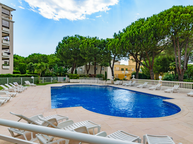 French property for sale in Cagnes-sur-Mer, Alpes-Maritimes - €399,000 - photo 3