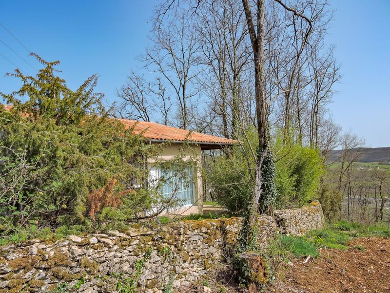 French property for sale in Montignac, Dordogne - €120,000 - photo 8