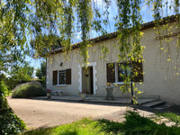 French property, houses and homes for sale inEygurande-et-GardedeuilDordogne Aquitaine