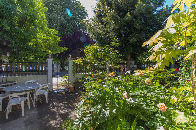 French property for sale in Taillebourg, Charente-Maritime - €180,000 - photo 10
