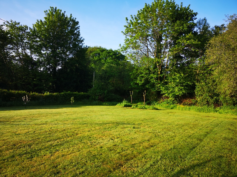 French property for sale in La Feuillée, Finistere - €107,800 - photo 4