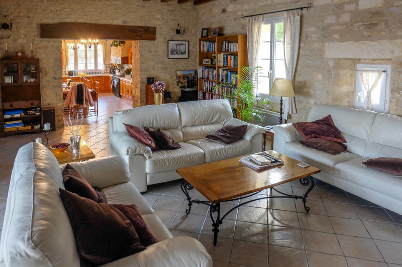 French property for sale in Saint-Hilaire-de-Villefranche, Charente Maritime - €1,100,000 - photo 3