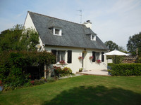 French property, houses and homes for sale inSaint-Gilles-du-MenéCotes_d_Armor Brittany