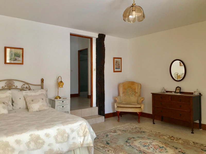 French property for sale in Villefranche-de-Lonchat, Dordogne - €424,000 - photo 5