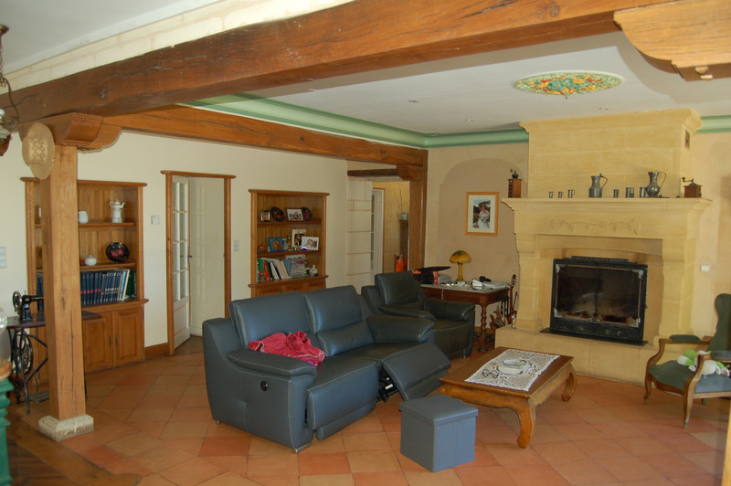 French property for sale in ARBIS, Gironde - €1,575,000 - photo 6