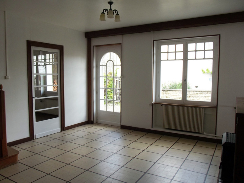 French property for sale in Fontaine-Chalendray, Charente-Maritime - €93,500 - photo 3