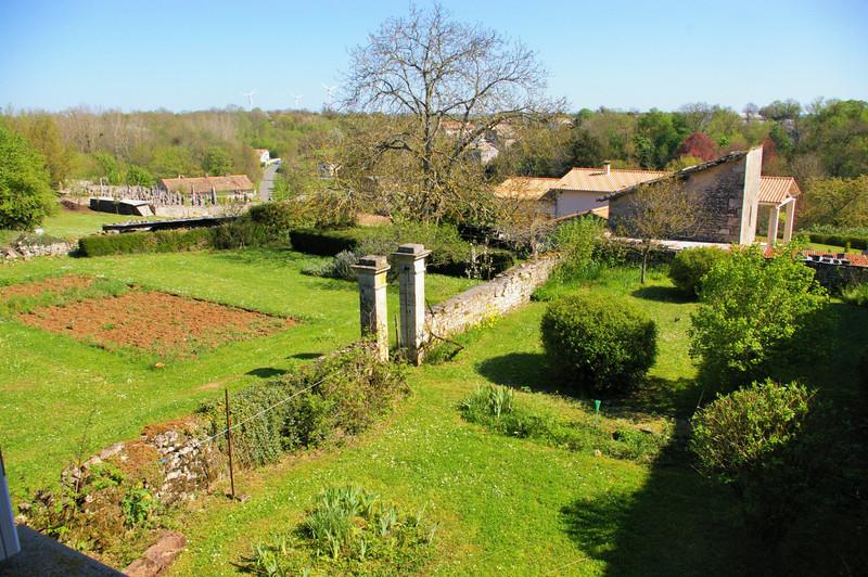 French property for sale in Saint-Romans-lès-Melle, Deux Sevres - €267,500 - photo 5