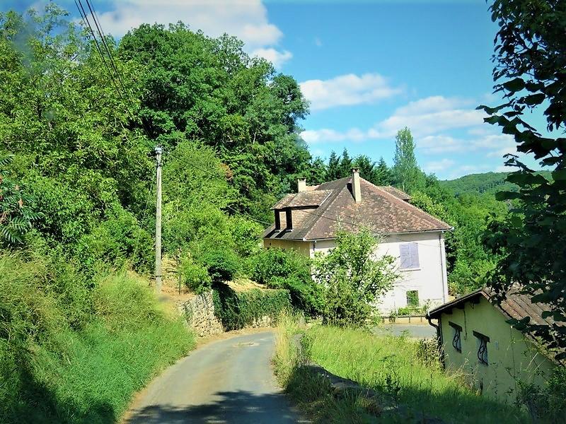 French property for sale in Tourtoirac, Dordogne - €119,900 - photo 2