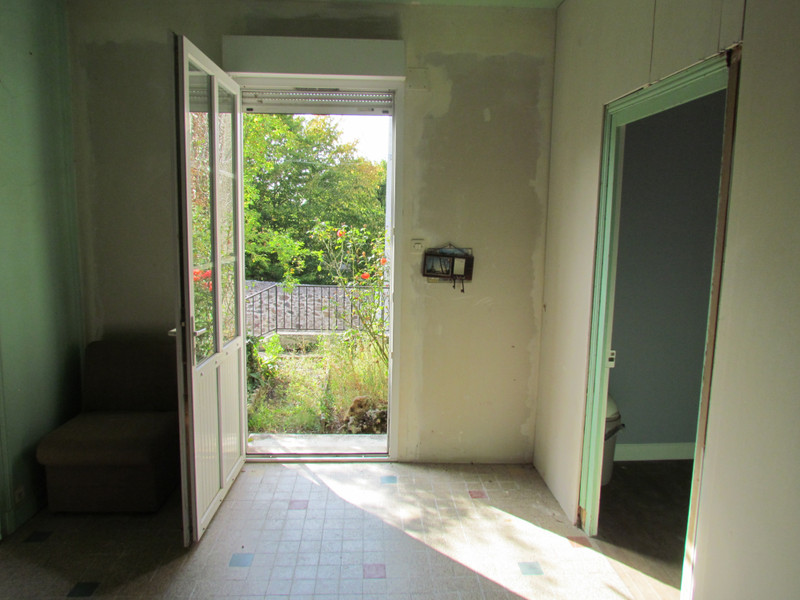French property for sale in L'Isle-Jourdain, Vienne - €56,600 - photo 2