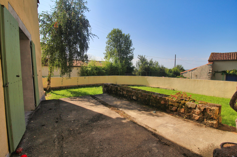 French property for sale in Abzac, Charente - €88,000 - photo 10