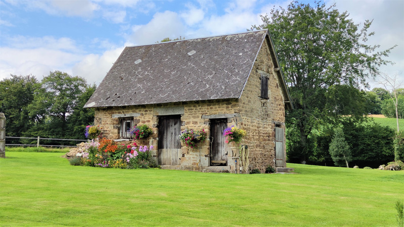 French property for sale in Tinchebray-Bocage, Orne - €283,550 - photo 10