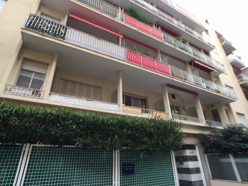 French property for sale in Nice, Alpes-Maritimes - €370,000 - photo 7
