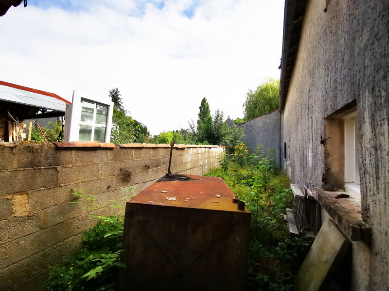 French property for sale in Cherves-Richemont, Charente - €65,600 - photo 6