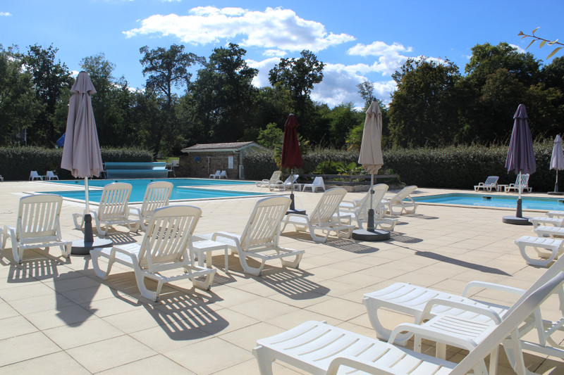 French property for sale in Salles, Gironde - €275,600 - photo 8