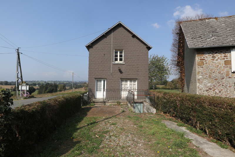 French property for sale in Saint-Cyr-du-Bailleul, Manche - €23,600 - photo 9