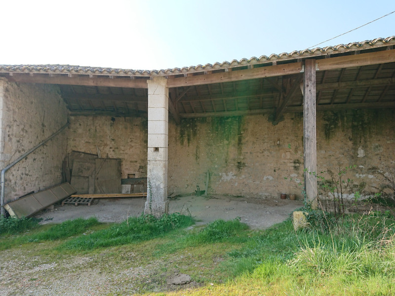 French property for sale in Mornac, Charente - €108,000 - photo 4