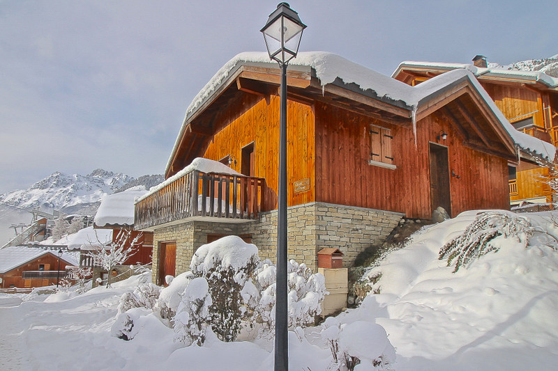 French property for sale in Vaujany, Isère - €795,600 - photo 2