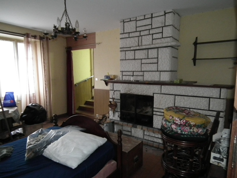 French property for sale in Auzances, Creuse - €31,600 - photo 6