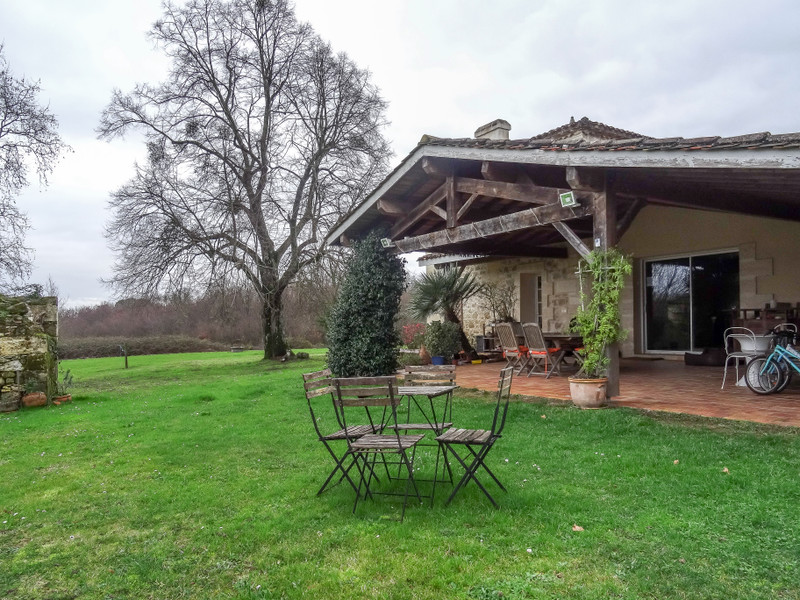 French property for sale in Saint-Martin-du-Bois, Gironde - €2,940,000 - photo 10