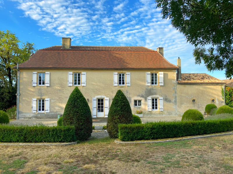 French property for sale in Bergerac, Dordogne - €1,300,005 - photo 2