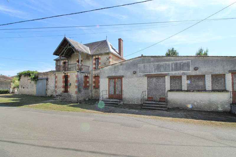 French property for sale in Sainte-Verge, Deux Sevres - €189,000 - photo 5