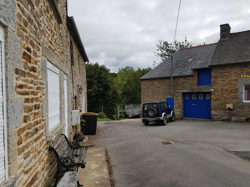 French property for sale in Plouguenast, Côtes-d'Armor - €79,960 - photo 2