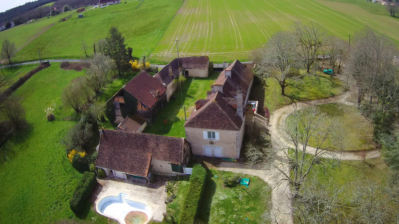 French property for sale in Limeyrat, Dordogne - €472,500 - photo 8