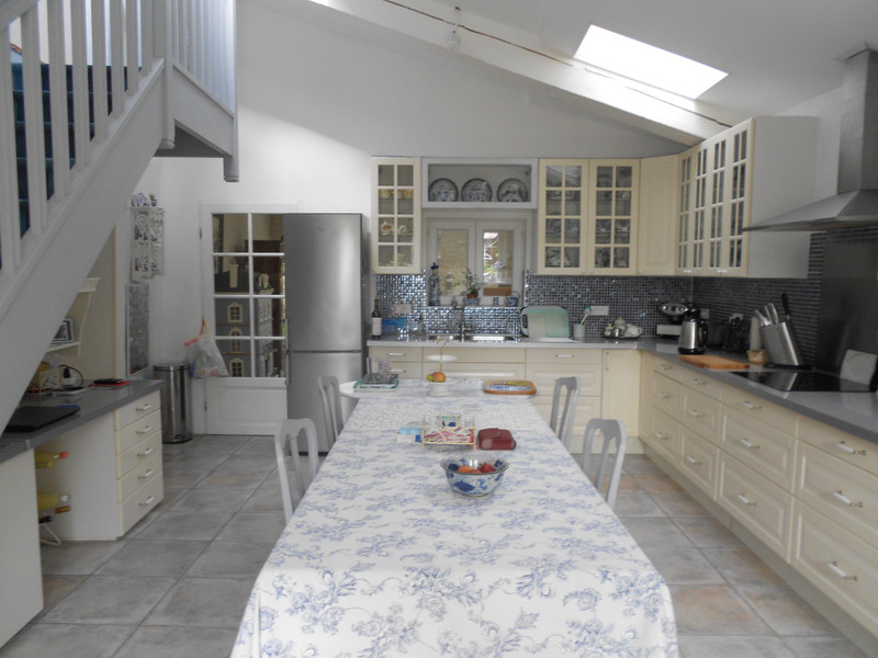 French property for sale in Montils, Charente Maritime - €318,000 - photo 3