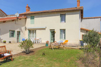 French property, houses and homes for sale inPressignyDeux-Sèvres Poitou_Charentes