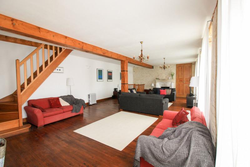 Maison à vendre à Aulnay, Charente-Maritime - 137 945 € - photo 4