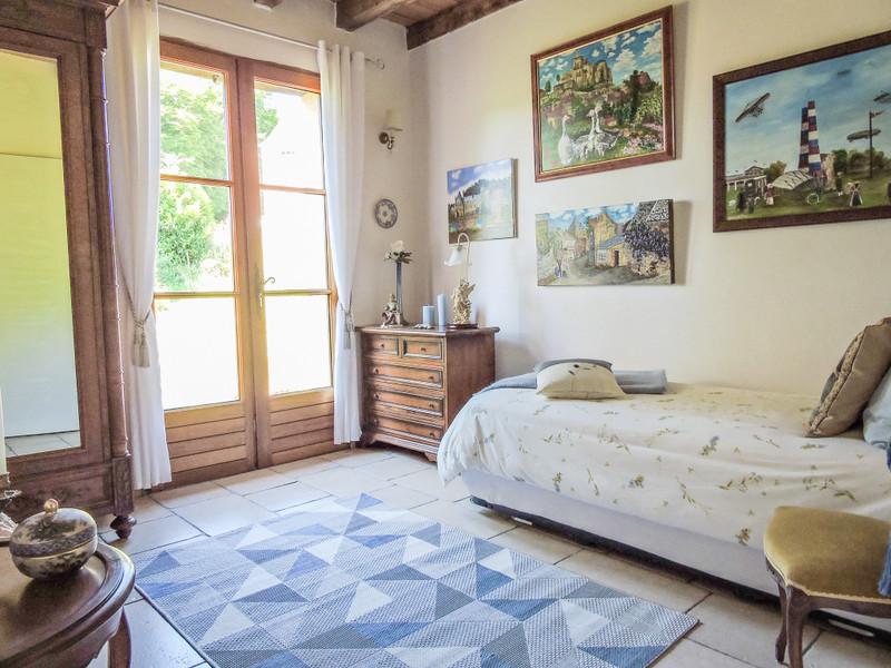 French property for sale in Saint-Léon-sur-Vézère, Dordogne - €275,000 - photo 5
