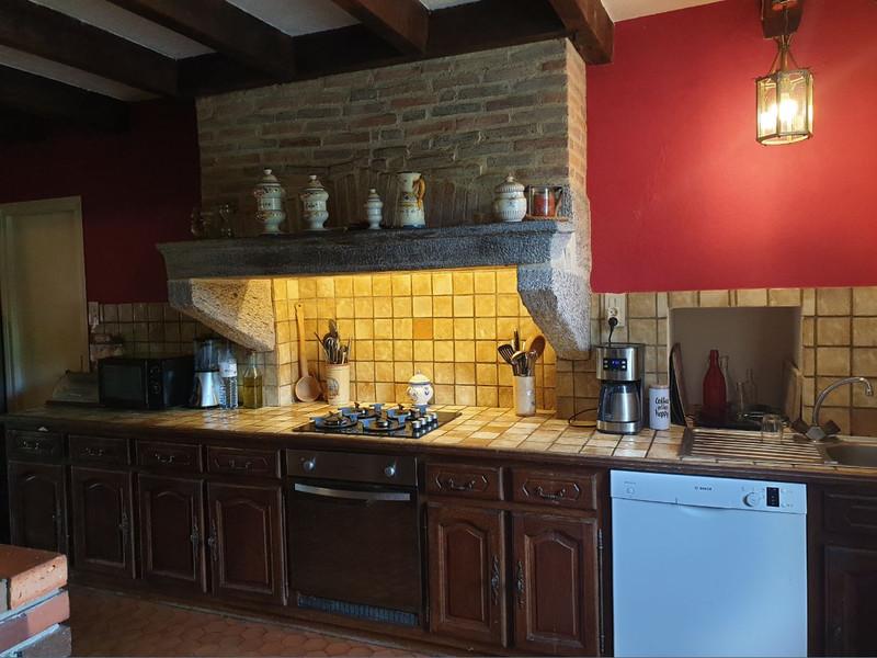 French property for sale in Saint-Pierre-du-Chemin, Vendée - €290,330 - photo 7