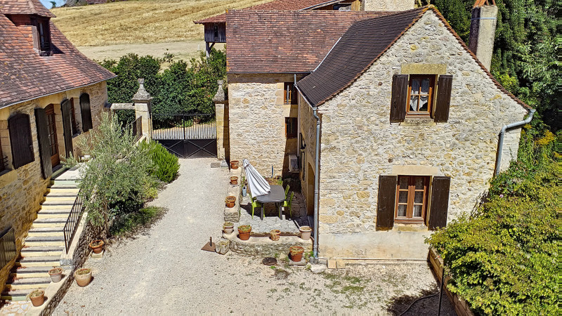 French property for sale in Veyrines-de-Domme, Dordogne - €395,000 - photo 4