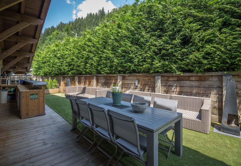 French property for sale in Morzine, Haute-Savoie - €2,100,000 - photo 8