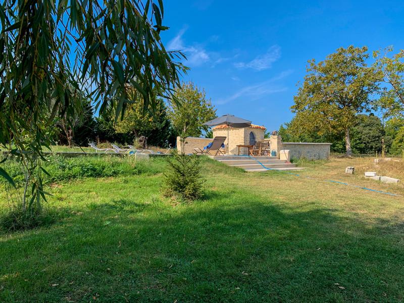 French property for sale in Lauzun, Lot-et-Garonne - €235,400 - photo 10