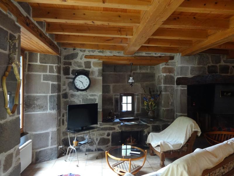 Maison à vendre à Dienne, Cantal - 224 700 € - photo 5