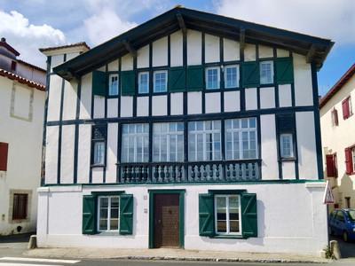 UNIQUE: detached 17th century waterfront corsaire's mansion overlooking the port and historic St Jean de Luz.