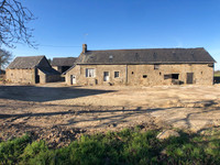 French property, houses and homes for sale inChâtillon-sur-ColmontMayenne Pays_de_la_Loire