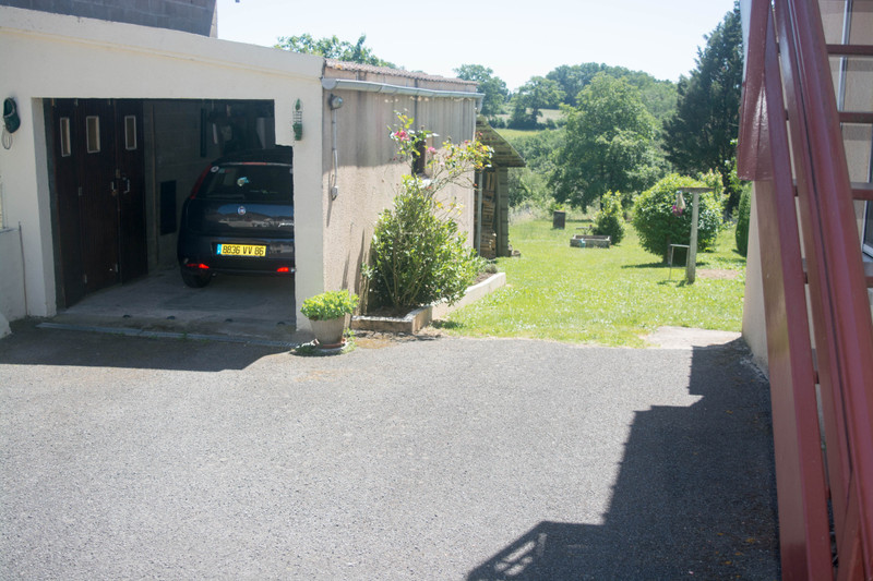 French property for sale in Brigueil-le-Chantre, Vienne - €108,900 - photo 5