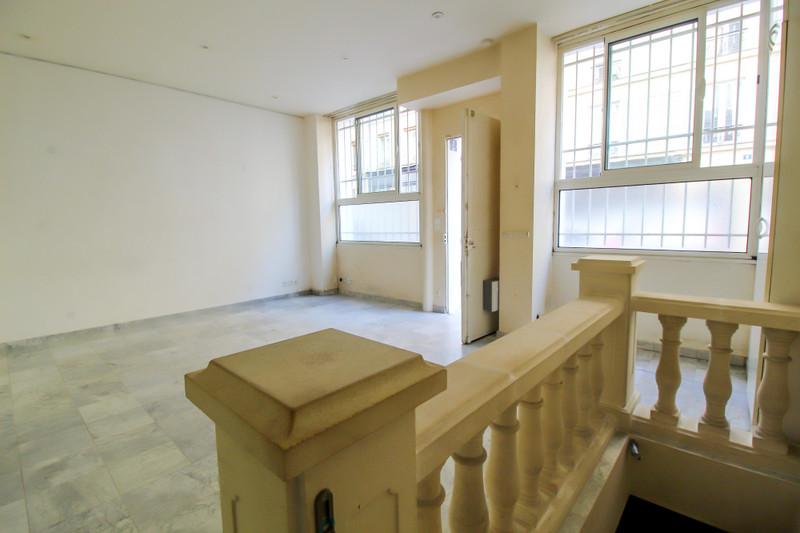 French property for sale in Paris 11e Arrondissement, Paris - €530,000 - photo 2