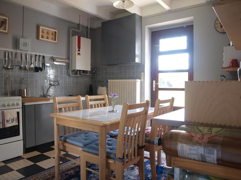 Maison à vendre à Saint-Sauvant, Vienne - 74 800 € - photo 6