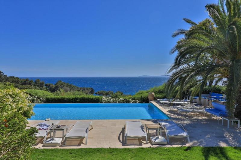 French property for sale in La Croix-Valmer, Var - €7,450,000 - photo 3