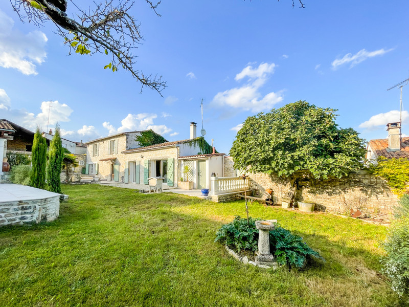 French property for sale in Aigre, Charente - €235,400 - photo 10