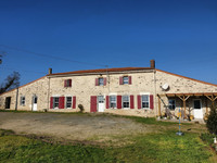 French property, houses and homes for sale inChantonnayVendée Pays_de_la_Loire