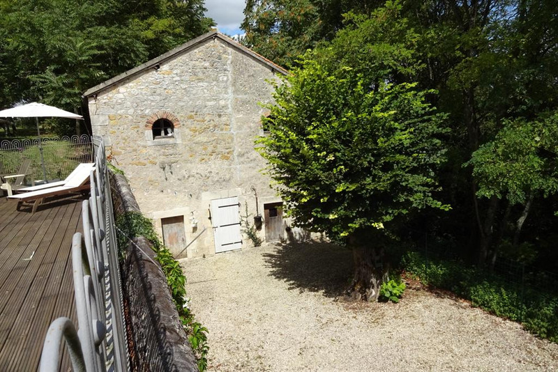 French property for sale in La Trimouille, Vienne - €267,500 - photo 8