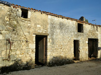 French property, houses and homes for sale in Saint-Romain-de-Benet Charente-Maritime Poitou_Charentes
