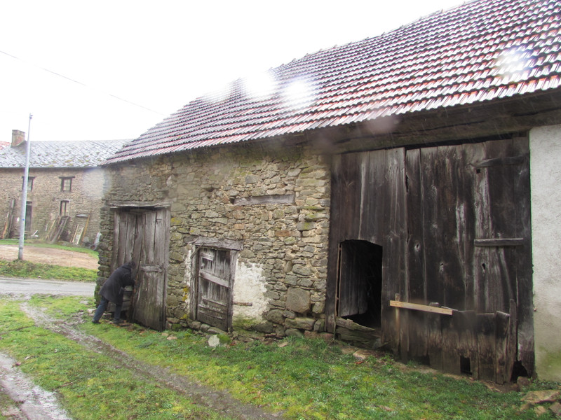 French property for sale in Saint-Léger-Bridereix, Creuse - €25,000 - photo 3