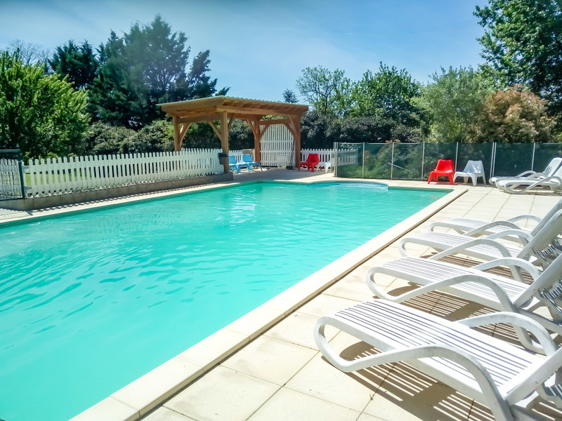 French property for sale in Cubjac, Dordogne - €495,000 - photo 9